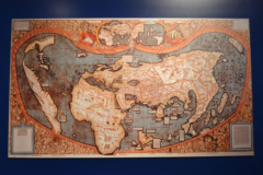 Die gedruckte Weltkarte von 1507, gezeichnet vom Kartographen Martin Waldseemüller (ca. 1472 bis 1522) © R. Gschwendtner 2012