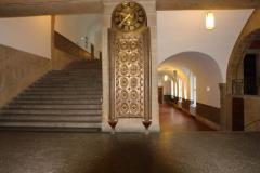 Treppenhaus KG I mit Jugendstil-Uhr © R. Gschwendtner 2011