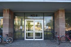 Neben Audimax, Europa-Café und den großen Lesesälen sind unter anderem die juristische und wirtschaftliche Fakultäten untergebracht © R. Gschwendtner 2012