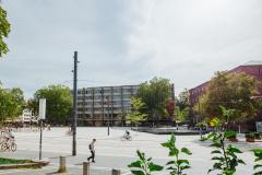 Das Kollegiengebäude II der Universität Freiburg, hier die Seite am Platz der Alten Synagoge, wurde zwischen 1957 und 1961 erbaut. © R. Gschwendtner 2011