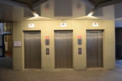 Fahrstühle zum Orientalischen und Deutschen Seminar  © R. Gschwendtner 2012