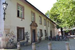 """Der """"Peterhof"""" zählt zu den historischen Gebäuden der Universität Freiburg © R. Gschwendtner 2011"""