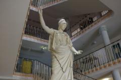 Statue der griechischen Göttin Athene im Eingangsbereich des Rektorats © P. Mesenholl 2009